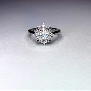 💍 Princess & Marquise cut Timeless Solitaire ring